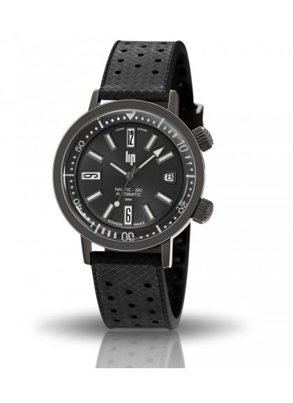 Nautic ski noire titane avec bracelet caoutchouc noir perforé cadran noir